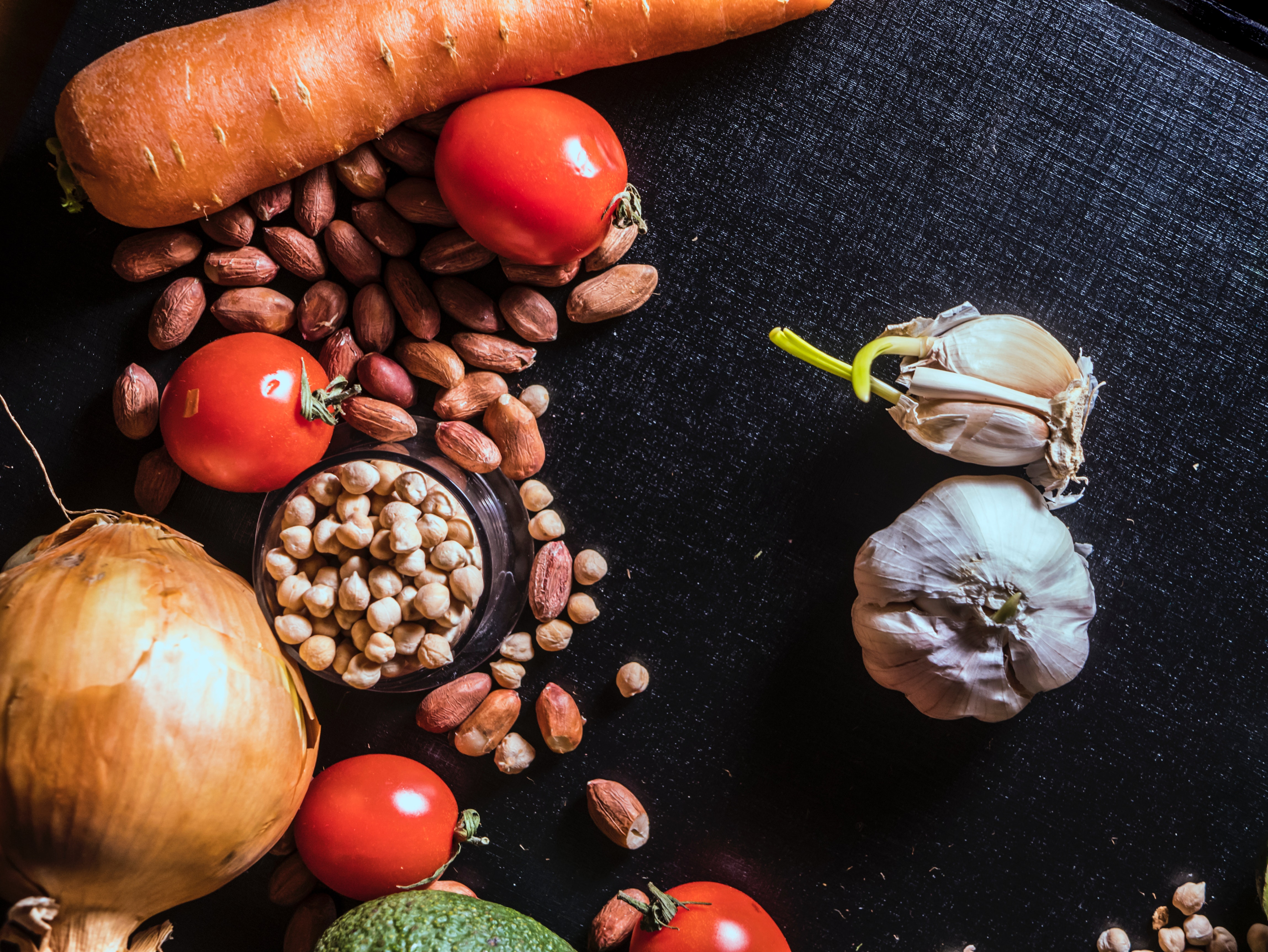 background-carrot-chickpea-1192031